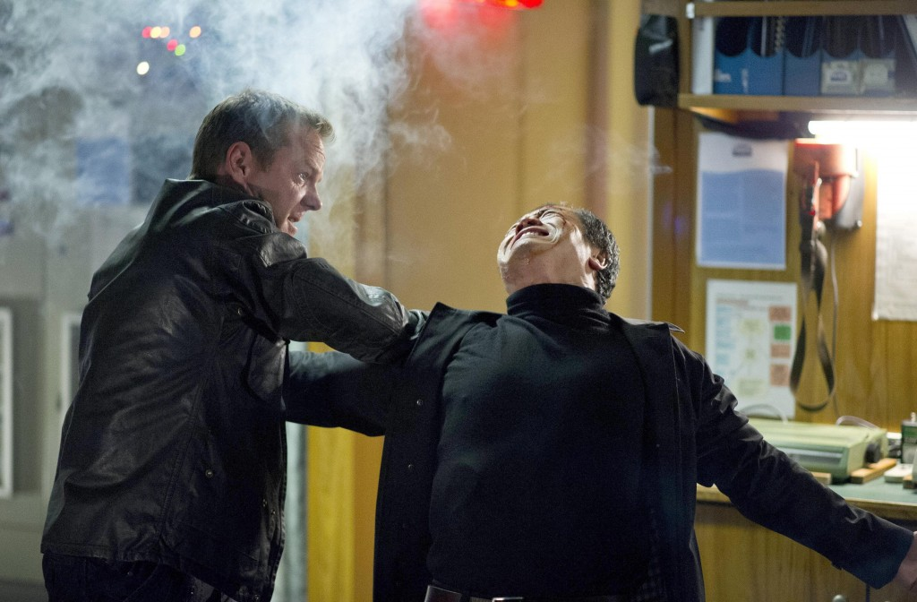 Kiefer-Sutherland-Jack-Bauer-Tzi-Ma-Cheng-Zhi-fighting-24-Live-Another-Day-Episode-12-Finale