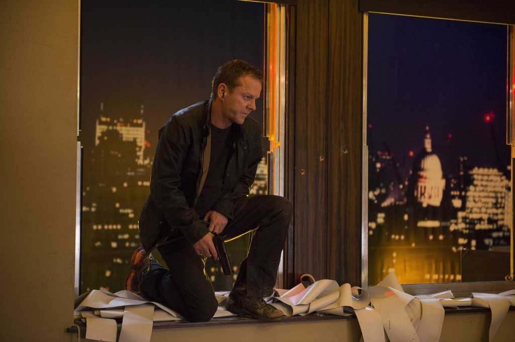 Kiefer-Sutherland-Jack-Bauer-breaks-in-24-Live-Another-Day-Episode-9-1024x681