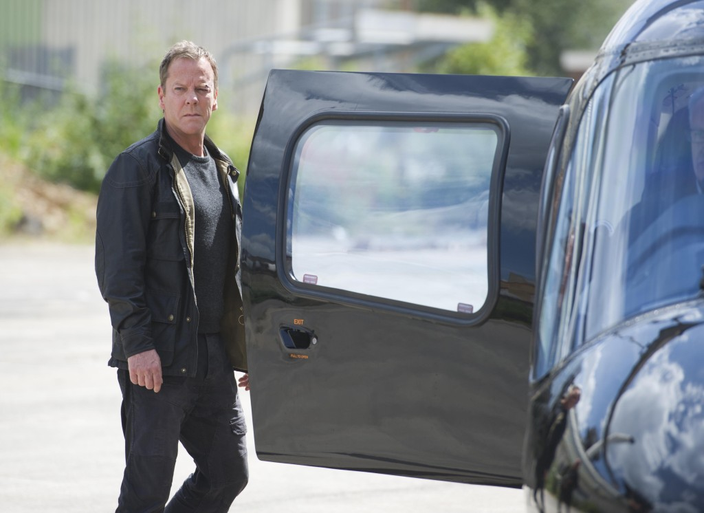 Kiefer-Sutherland-Jack-Bauer-helicopter-24-Live-Another-Day-Episode-12-Finale-1024x746