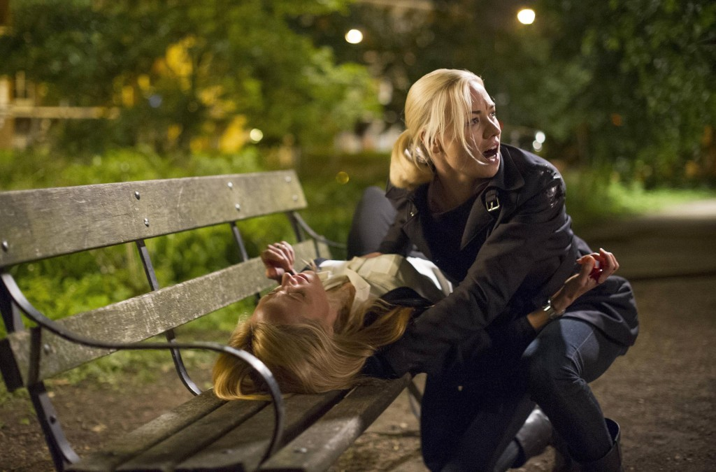 Kate-Morgan-Yvonne-Strahovski-calls-for-help-Audrey-dying-24-Live-Another-Day-Finale-Episode-12-1024x675