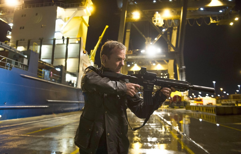 Kiefer-Sutherland-Gun-Southampton-Docks-24-Live-Another-Day-Episode-12-Finale-1024x656