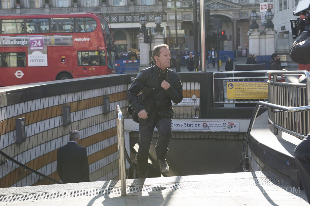 Kiefer-Sutherland-Jack-Bauer-24-Live-Another-Day-Running-Episode-3-1024x681