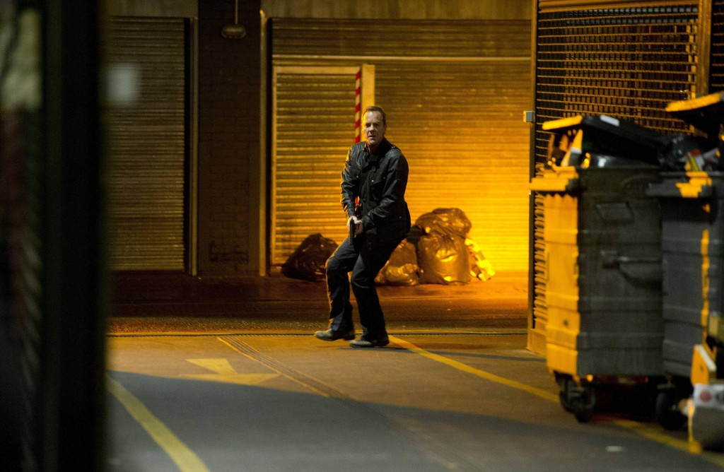 Kiefer-Sutherland-Jack-Bauer-chasing-24-Live-Another-Day-Episode-10-1024x668
