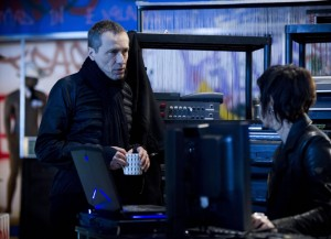 Michael-Wincott-Adrian-Cross-24-Live-Another-Day-Episode-4-1024x744