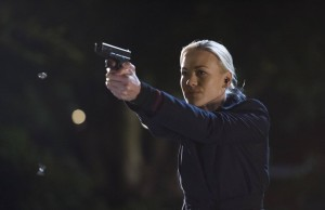 Yvonne-Strahovski-Kate-Morgan-shooting-24-Live-Another-Day-Episode-12-Finale-1024x663-2